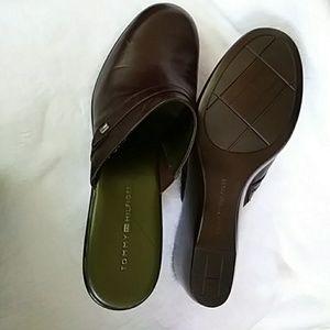 Vintage Tommy hilfiger shoes